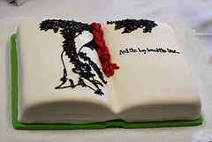 image-of-the-giving-tree-edible-book-courtesy-of-newneonunion