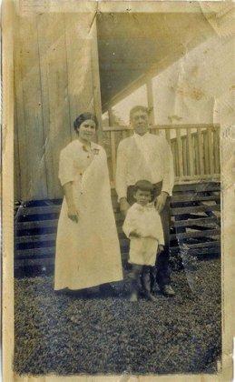 Gomez 1915