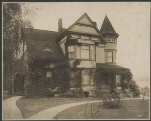 Bussell Home, ca. 1910, Image from the Seattle Historical Photograph Collection