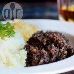 Image of haggis, neeps and tatties courtesy of allrecipes.co.uk