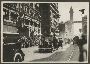 President Wilson on parade along 2nd Avenue, 1919