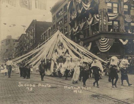 Lincoln Playfield Float in Potlatch Children's Parade, 1912, Seattle Historic Photograph Collection